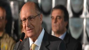 Governador Alckmin assina decreto para parcelamento do ICMS das vendas de Natal